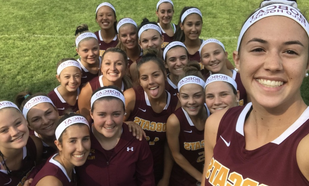 Team+selfie+before+defeating+East+Catholic