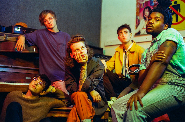 Hippo+Campus+%28Zach+Sutton%2C+Whistler+Allen%2C+Nathan+Stoker%2C+Jake+Luppen%2C+and+DeCarlo+Jackson%29.%0A%0ASource%3A+Billboard