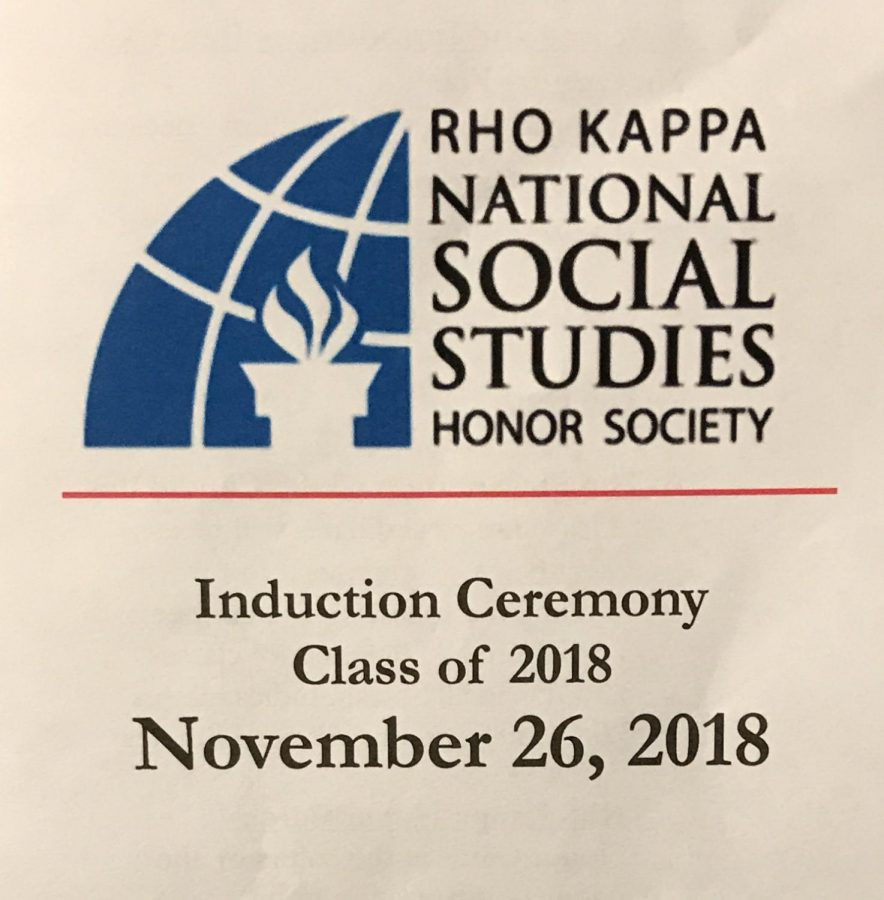 Over+40+SWHS+Seniors+Were+Inducted+into+Rho+Kappa+Monday%2C+November+26