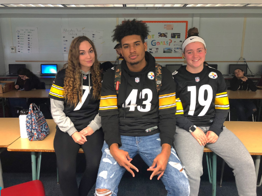 (left to right) Makayla Foran, Shai Harrison, and Sarah Gallagher repping their Steelers jerseys