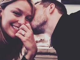 Supergirl Co-Stars Get Engaged