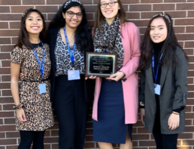 Seniors Bring Home Plaque from Model U.N.