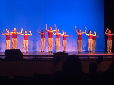 SWHS Dance Team host First Winter Showcase